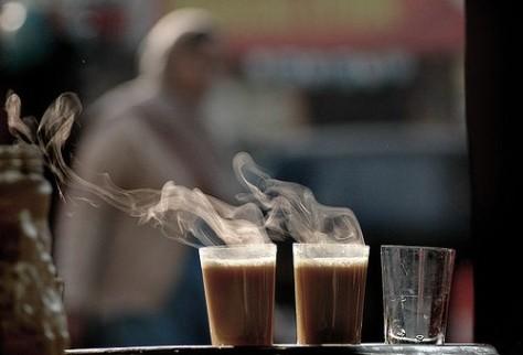 أنت وأنا .. والشاي بلبن